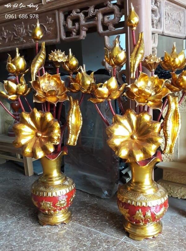 Bình hoa sen thờ