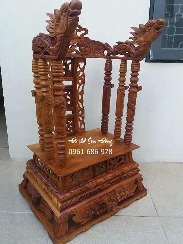 Ngai thờ gỗ gụ