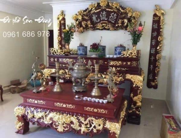 Phòng thờ gia tiên gỗ gụ