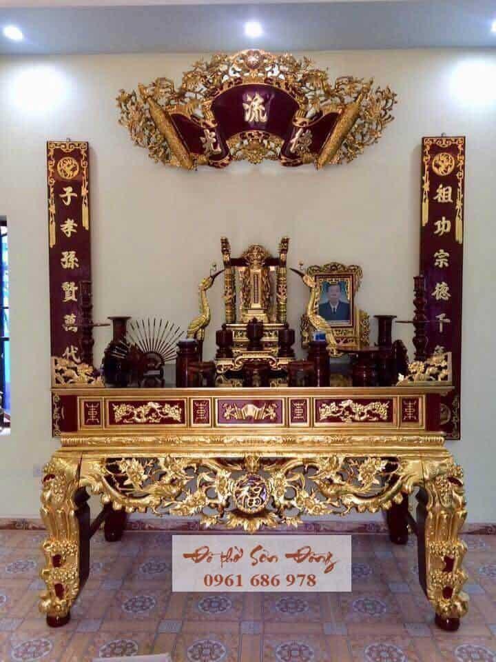 Bàn thờ gia tiên sơn son thếp vàng