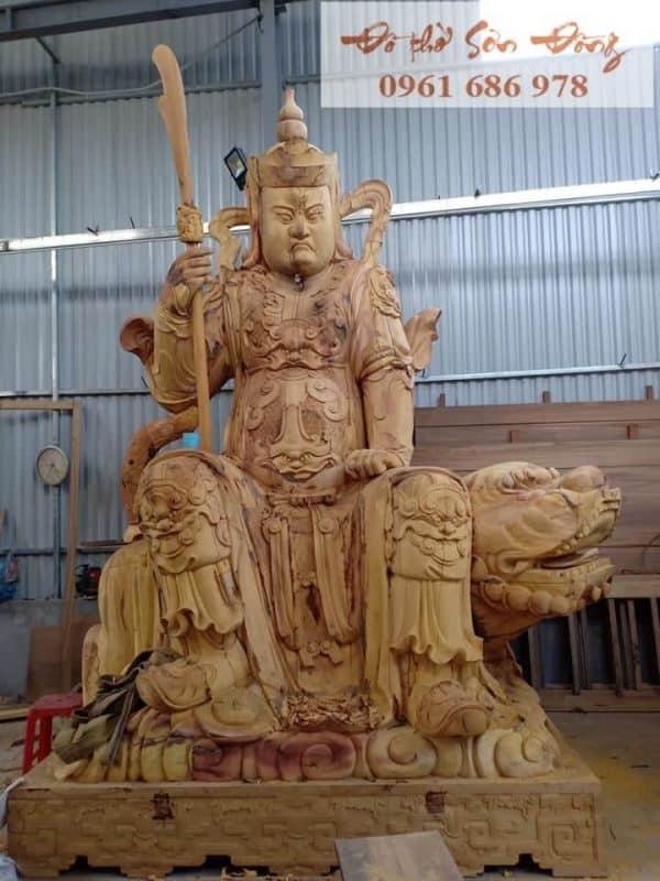 Tượng hộ pháp cưỡi kỳ lân bằng gỗ mít-1