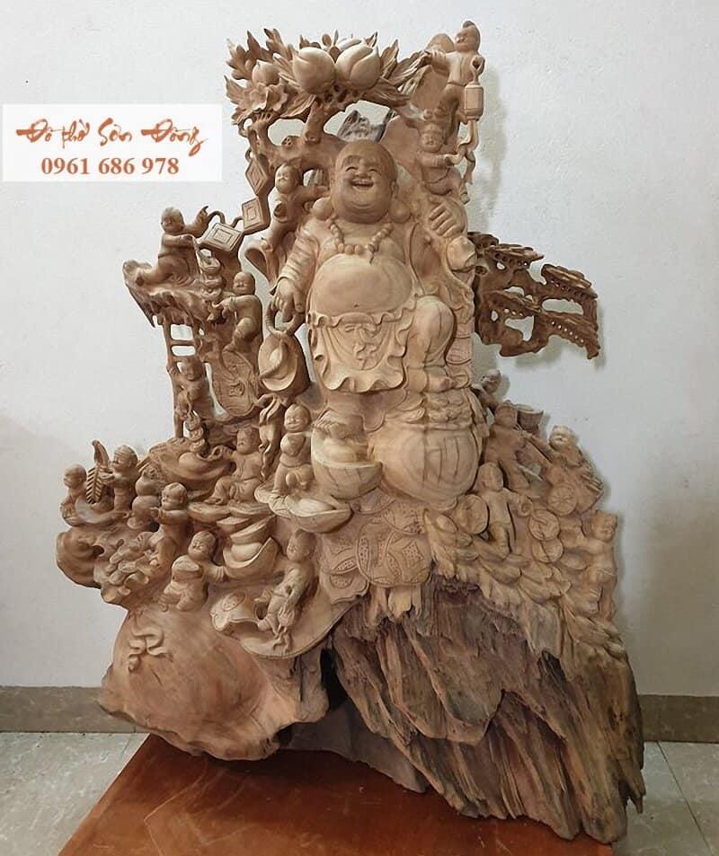 Tượng Phật Di Lặc đục 18 tiểu đồng gỗ xá xị