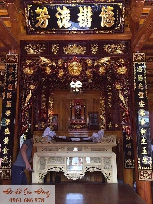 10 Mẫu cửa võng đẹp cổ kính cho gian thờ-1