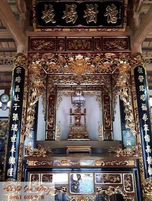 10 Mẫu cửa võng đẹp cổ kính cho gian thờ-3