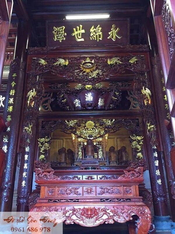 10 Mẫu cửa võng đẹp cổ kính cho gian thờ