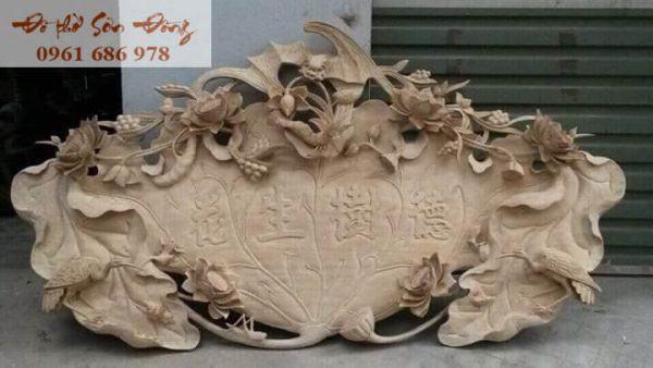Cuốn thư hoa sen gỗ dổi mộc