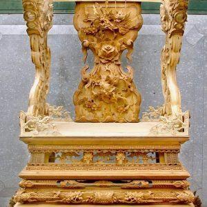 Ngai thờ chạm Rồng tinh xảo gỗ mít