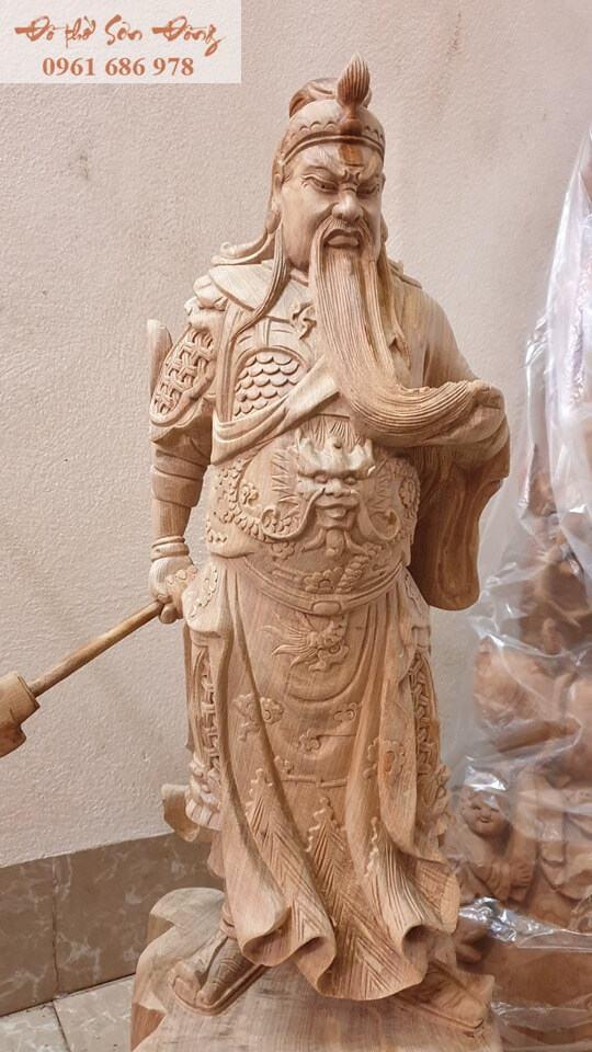 Tượng thờ Quan Công gỗ bách xanh nguyên khối
