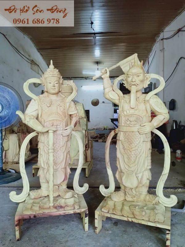 Tượng thờ Hộ Pháp Vi Đà và Tiêu Diện Đại Sĩ