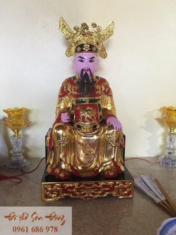 Tượng Đức Thánh Trần đẹp sơn son thếp vàng